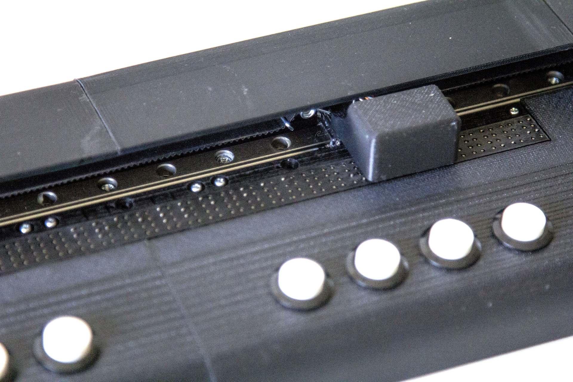 BrailleLab026